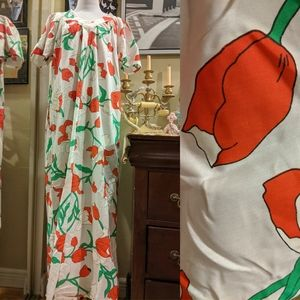 Vintage 70s Tulip Floral Night gown